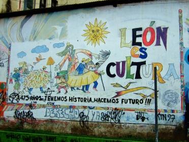 León is culture